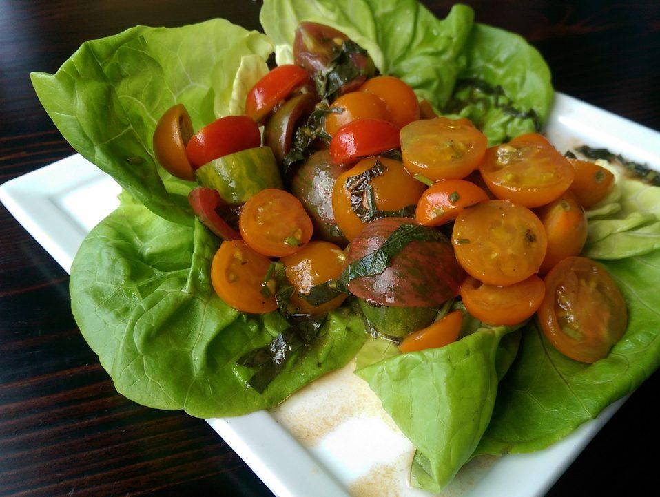 Farmers Market Heirloom Tomato Salad